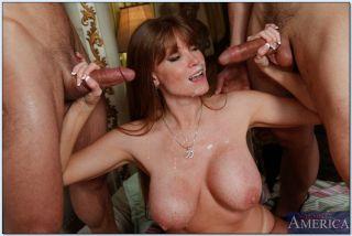 Avril lavuine nude fake