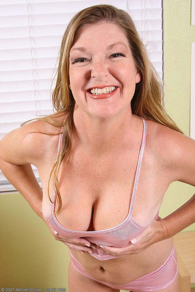 Free huge boob clips