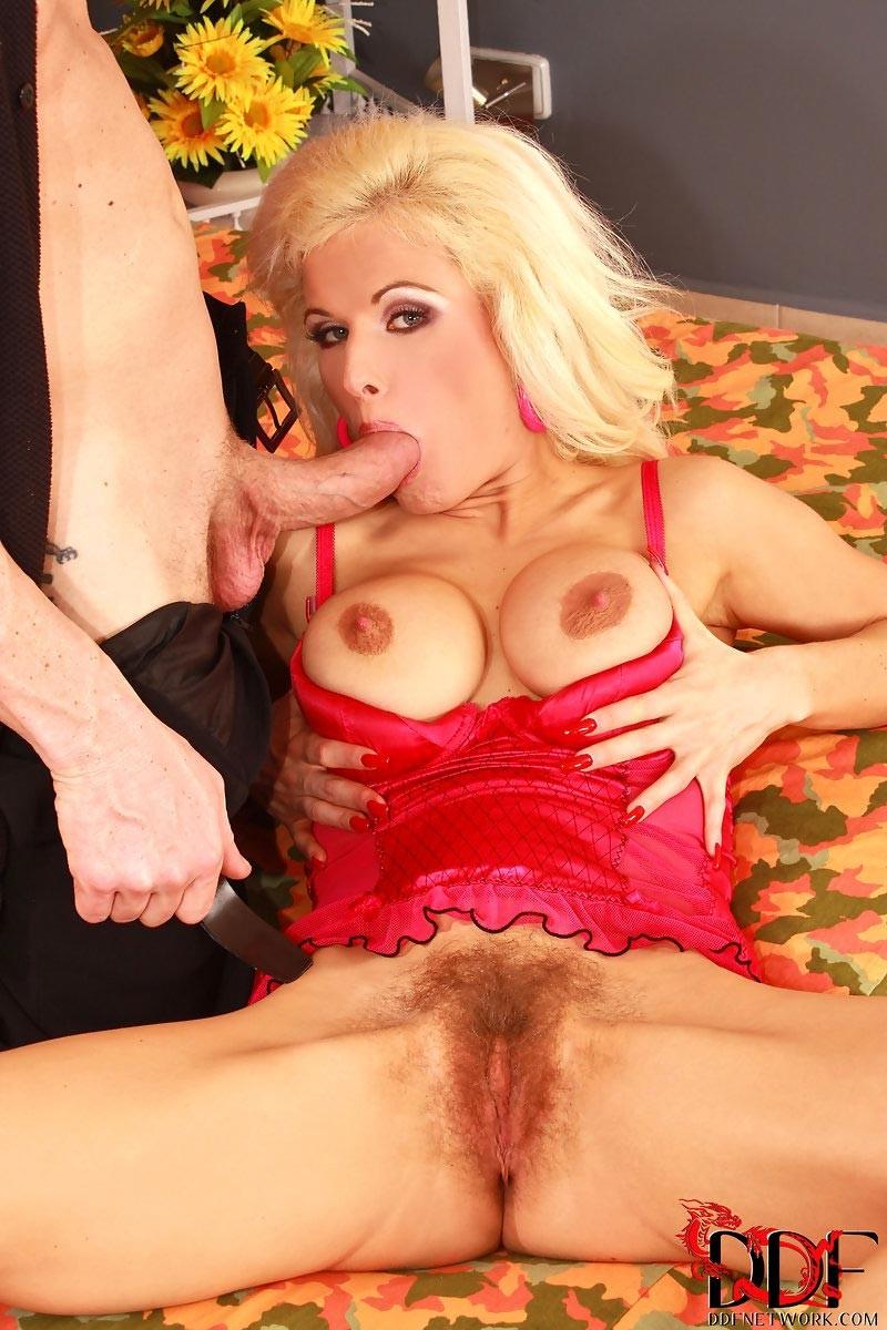 Victoria Rush порнозвезда