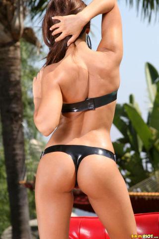 sexy Madison Ivy shaved -bikini riot
