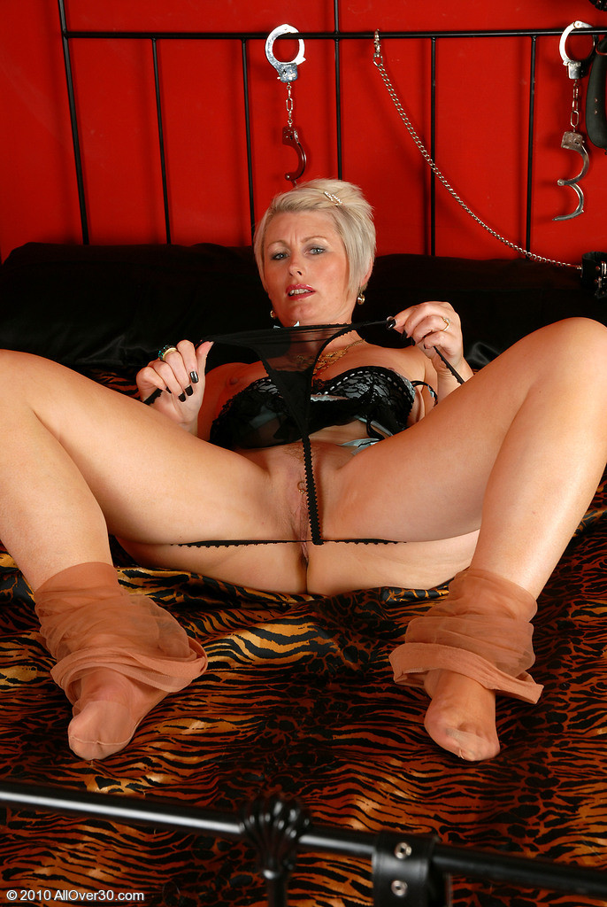Mature Sally Taylor Sally Taylor Eporner 1