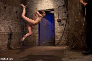 Hot contortionist girl-next-door Sensi Pearl bound