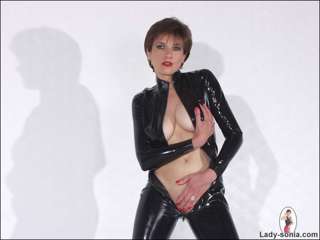 Rubber catsuit leggy mistress Lady Sonia