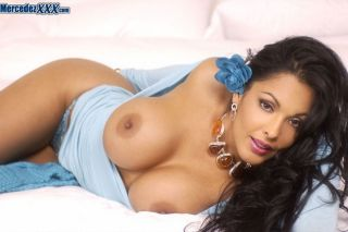Nina Mercedez is laying in bed daydreaming of havi