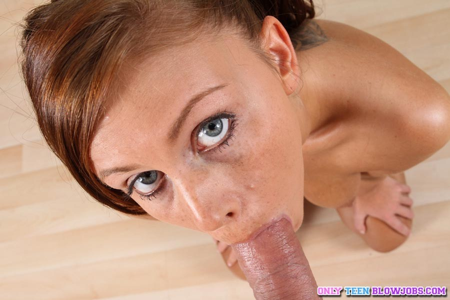 Teen Blowjob Eye Contact