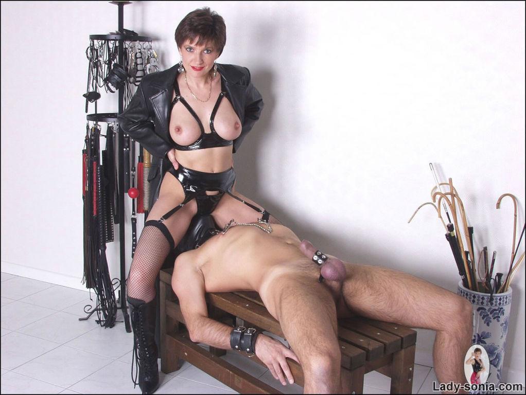 Leather and latex mistress Lady Sonia fucks