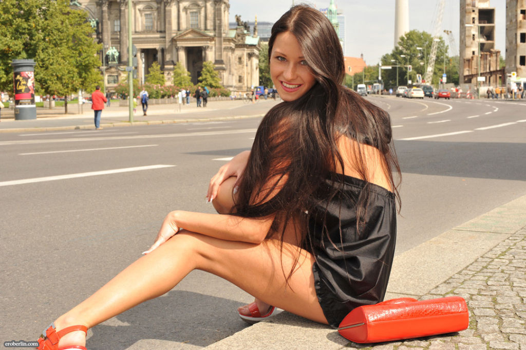 Eroberlin-Maria-russian-public-sightseeing-downtow