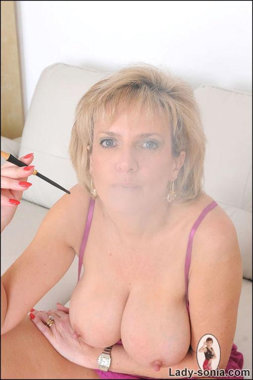 Lady sonia smoking