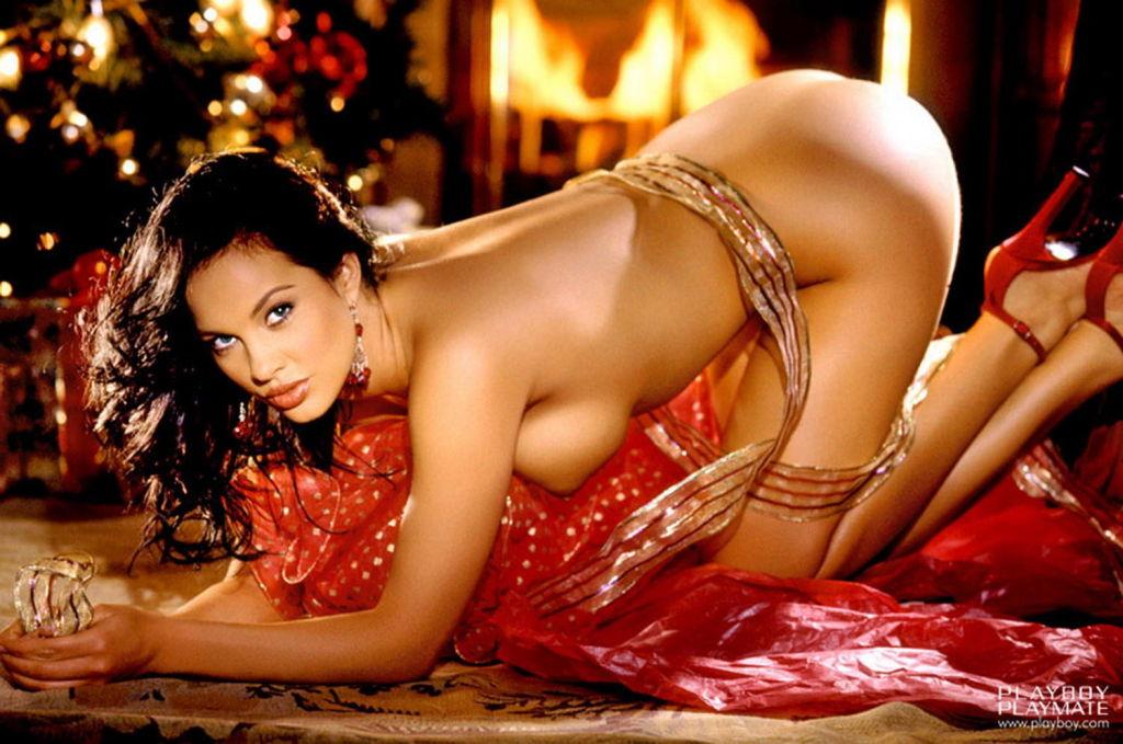 Gorgeous brunette in stockings