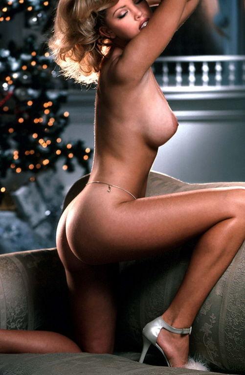 Hot naked blonde babe