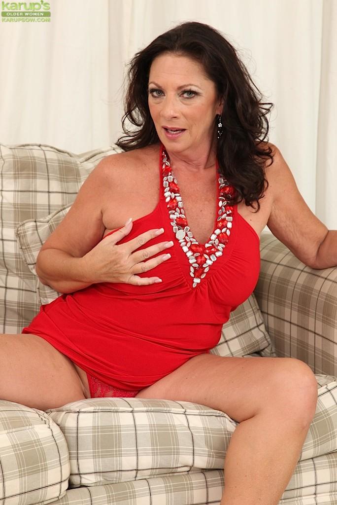 ... naked Margo Sullivan shaved -karup's older women