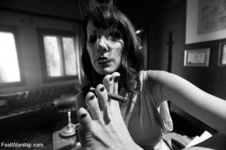 Femme Fatale, Maitresse Madeline seductively uses