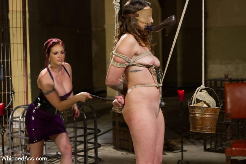 Lesbian Sexy Bondage Wrestling