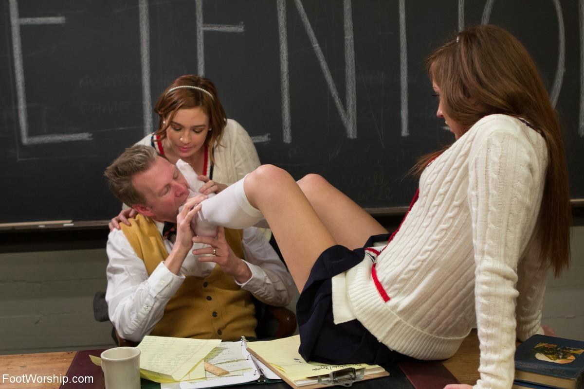 Student Fucks Teacher Lesbian