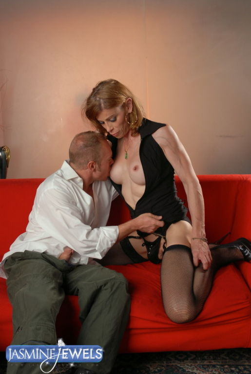 Jasmine Jewels Getting Cock Sucked By Lover