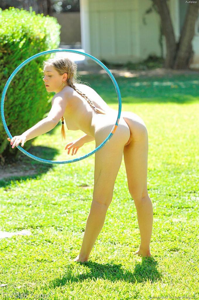 Nude Cute butt teen bubble