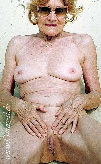 Jacqueline fernandez nude naked pussy