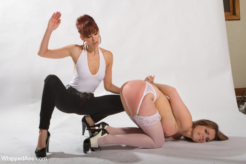 Lesbian Spanking Erotica