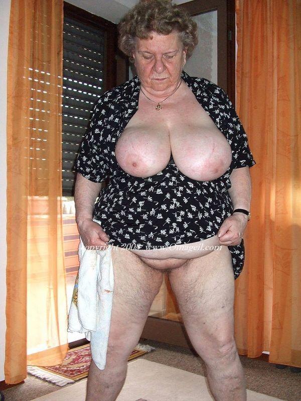 Laura nude lara croft