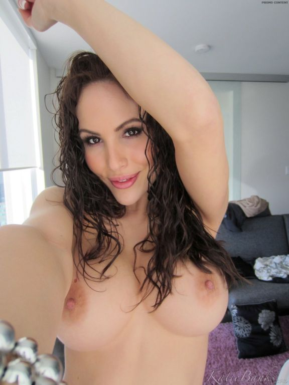 Big tit amateur topless
