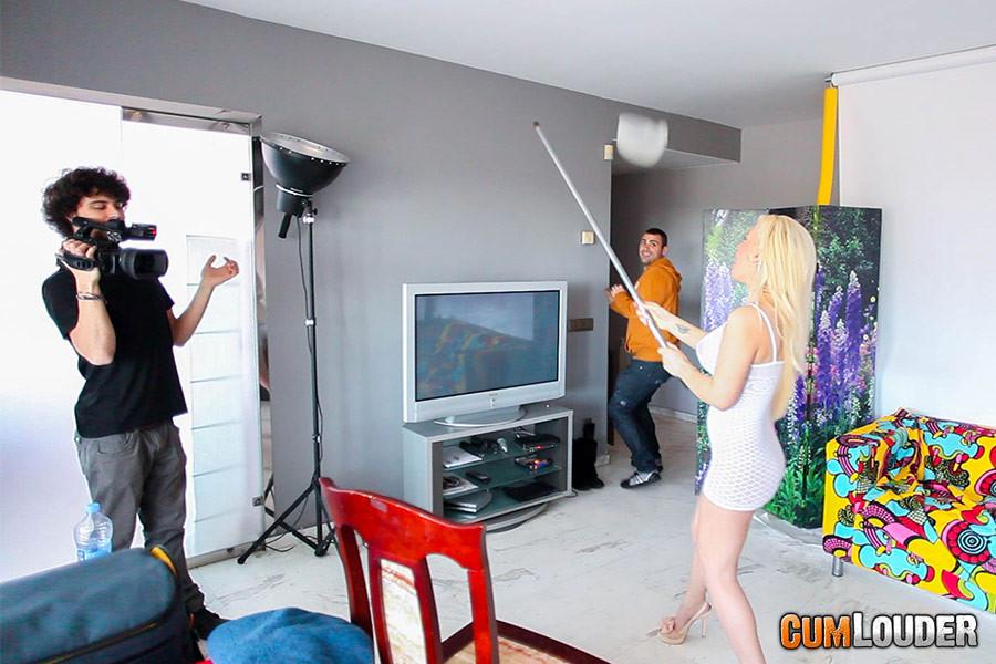 Amateur wife threesome porn