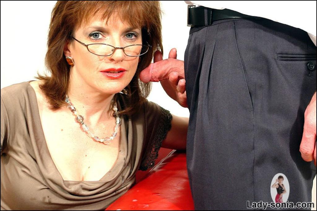 Lady Sonia Sucking Interns Cock
