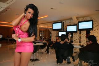 Cafe Showpark -Ennie, Ashley Bulgari