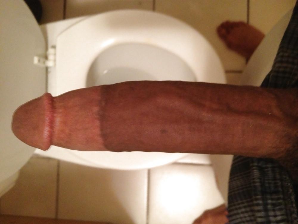 Big booty ebony lesbian strapon