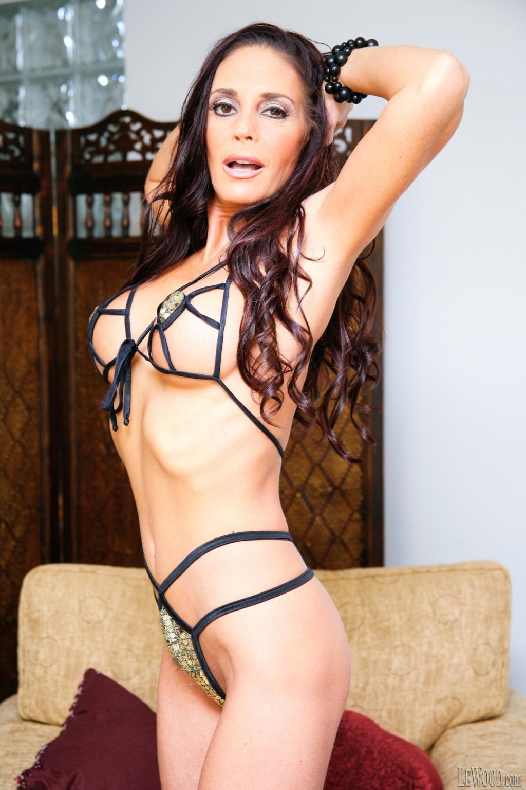 Cheyenne Hunter порно модель