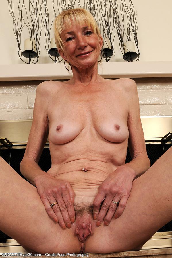 MALLORY: Elegant mature blondes nude
