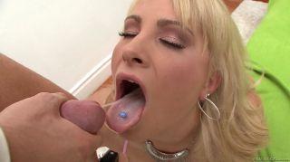 Hardcore anal penetration of Jessica Nyx