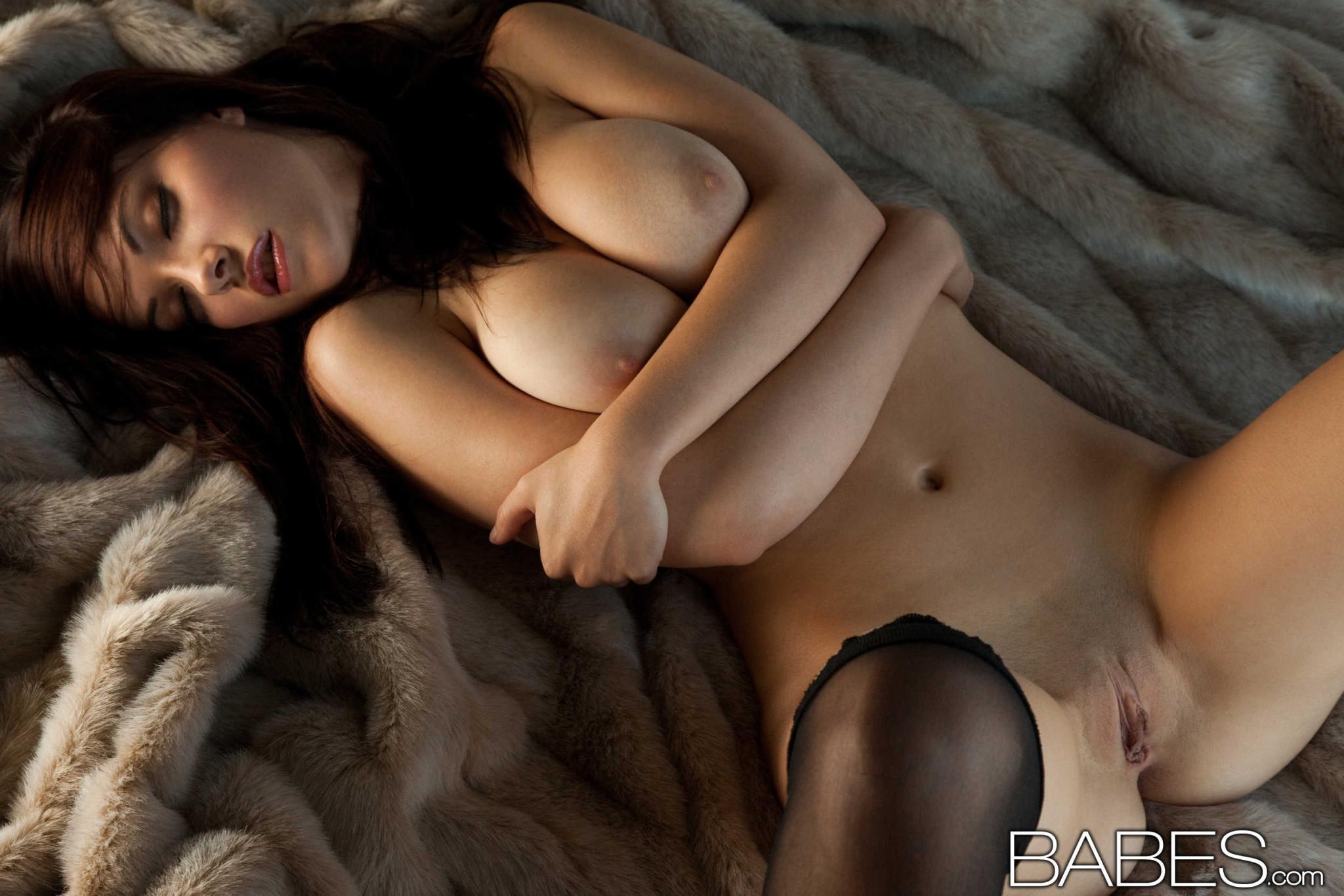 breathtaking nude marx Elizabeth