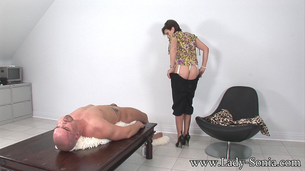 Sri lanka big breast woman