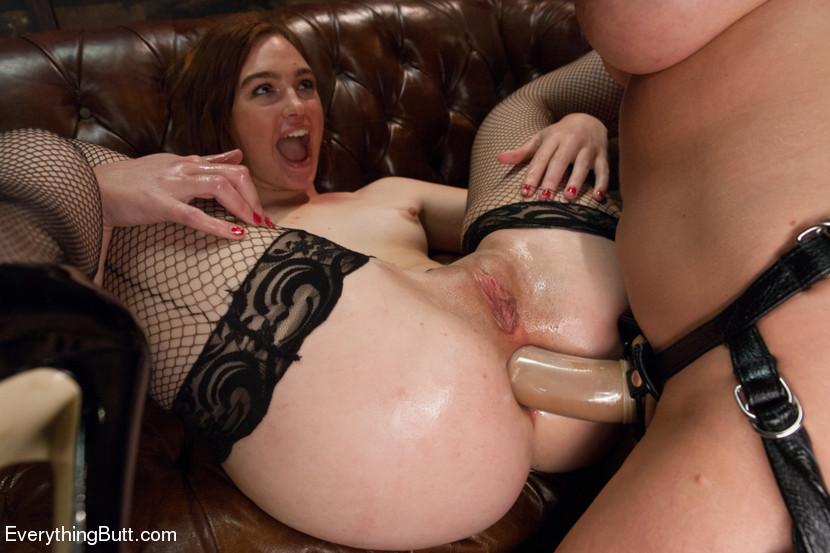 Lesbian Double Anal Strapon