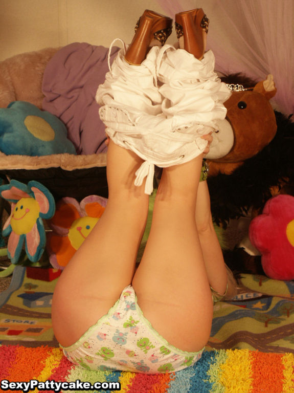 Big boob blonde teen Patty striptease