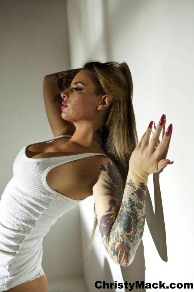 Nude nylon pant girls