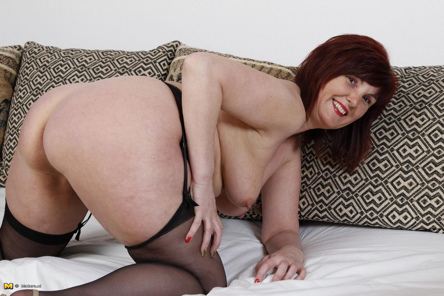 Big booty mature porn