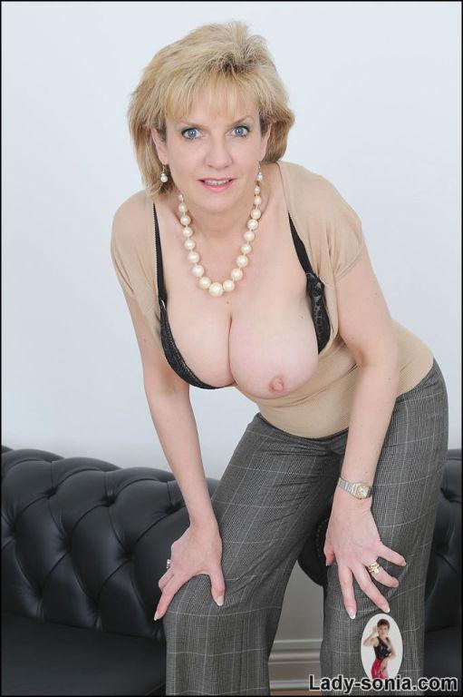 Big tits milf Lady Sonia is sitting on her big sex