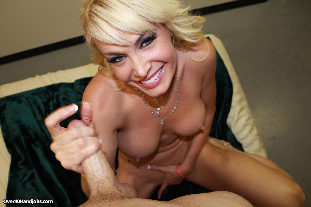 Mikki Lynn порно модель