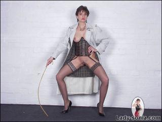 Stunning body lingerie dominatrix Lady Sonia