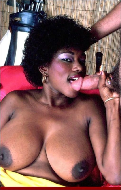 Vintage ebony Ebony Ayes fucked in retro hardcore action ...