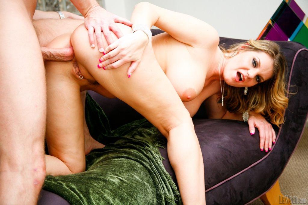 Horny pornstar going wild