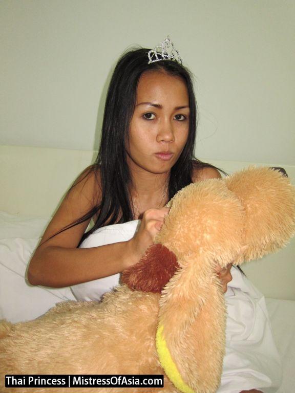 Thai Princess dominates weak men for cash