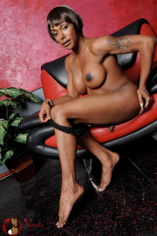 Ebony Natalia spreads and jerks her cock