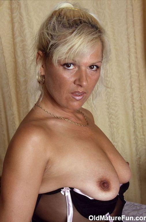 East european naked babe