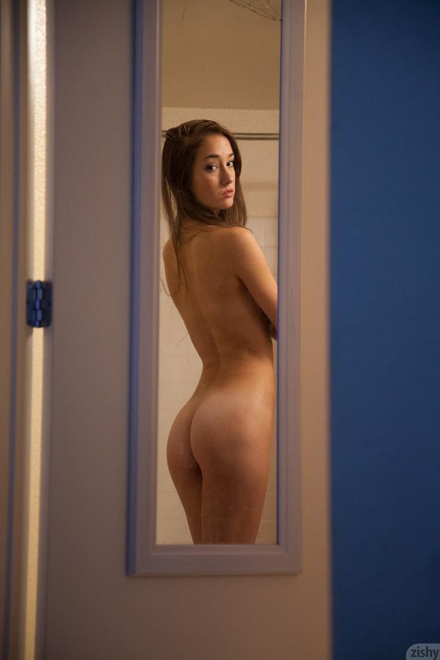 Apologise, but Carlee de lima zishy nude criticism