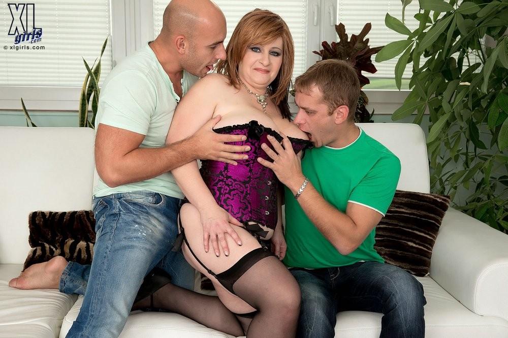Hot Latina Threesome Pov
