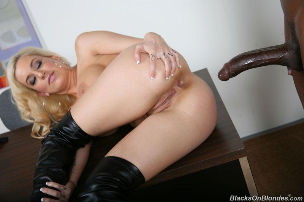 Mariah Madysinn gets fucked by huge black cock