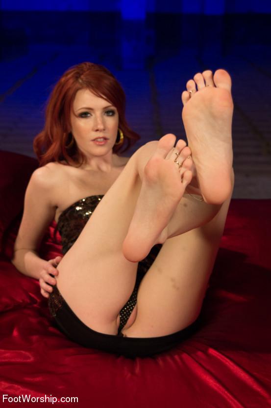 Lesbian Bondage Feet Tickle