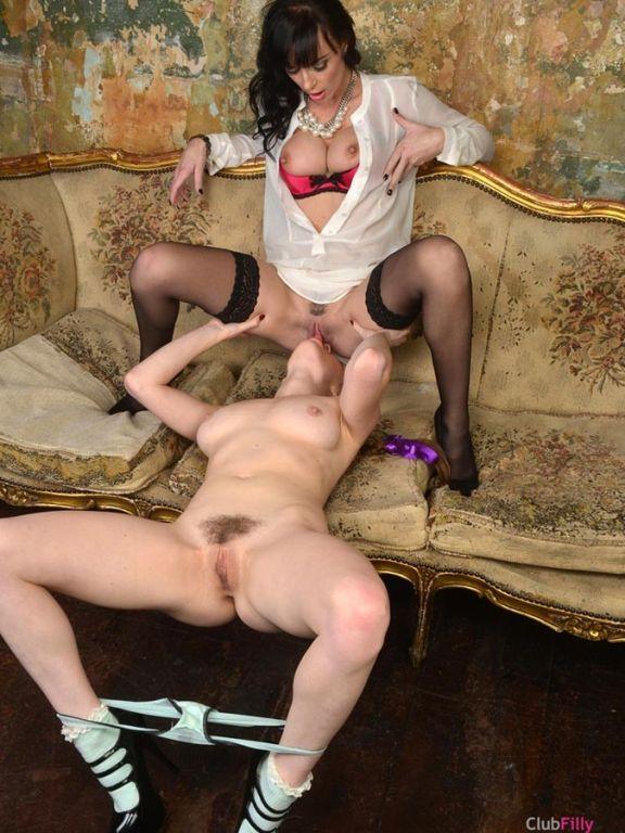 Franki Rider and Samantha Bentley getting caught w